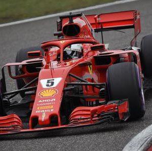 F1, Gp Cina: Vettel in pole, poi Raikkonen. E' show Ferrari, la griglia di partenza