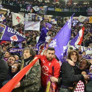 """Serie A, volata Scudetto: Fiorentina, che farà contro il Napoli? Tentazione tifosi anti Juve: """"Scansiamoci"""""""
