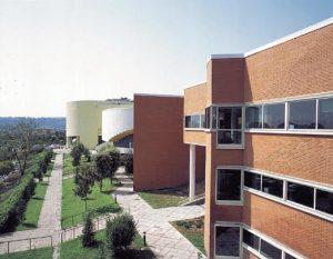 Studentessa si toglie la vita lanciandosi da un edificio dell'Università Federico II di Napoli