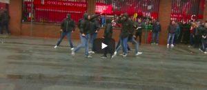 Scontri Liverpool, tifoso inglese in coma. 5 romanisti arrestati