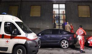 Torino pensionato spara moglie malata
