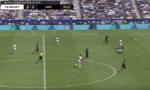 YOUTUBE Zlatan Ibrahimovic: gol al volo da metà campo all'esordio con i Galaxy
