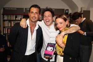 Fabrizio Corona, Silvia Provvedi e Belen Rodriguez alla presentazione del libro di Gabriele Parpiglia