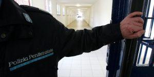 Carceri, un agente su 3 si candida elezioni per mese di ferie pagato