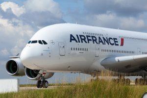 Air France-Klm, scioperi intermittenti da mesi e crollo in borsa. La compagnia rischia di sparire?