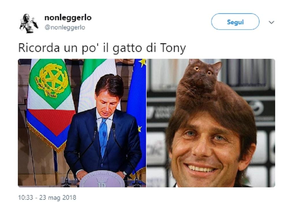 Giuseppe Conte, capelli come Antonio Conte