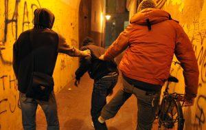 Milano: ex vittima di bullismo, con la boxe mette in fuga due rapinatori
