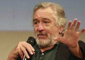 """Robert De Niro a Donald Trump: """"Non ti voglio nei miei ristoranti"""""""