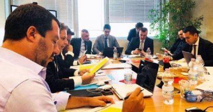 Governo Lega-M5s, lo sfascio eversivo di gazebi e piattaforma Rousseau