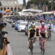 Giro d'Italia a Roma, vince Froome. Ma che figuraccia: accorciata tappa per le buche 01