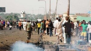 Gierra in Africa, attentati religiosi: bombe in moschea in Nigeria, granate su chiesa in Centrafrica