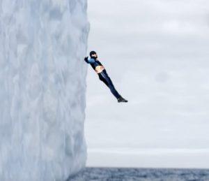 Antartide tuffo iceberg
