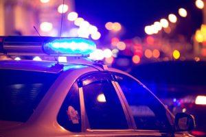 Dixon (Illinois): studente apre il fuco al liceo, poliziotto gli spara evitando stragi