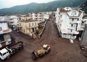 Sarno 1998, le strade sulla montagna e le case abusive: le frane le vogliamo noi