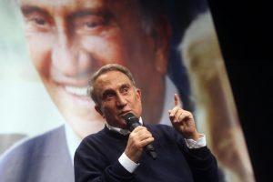 """Emilio Fede: """"Rocco Casalino era venuto da me con le pezze al c..."""""""