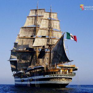 L'Amerigo Vespucci ospita Dante Alighieri nel porto di Lisbona