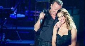 Anna Tatangelo e Gigi D'Alessio insieme sul palco per Vasco Rossi
