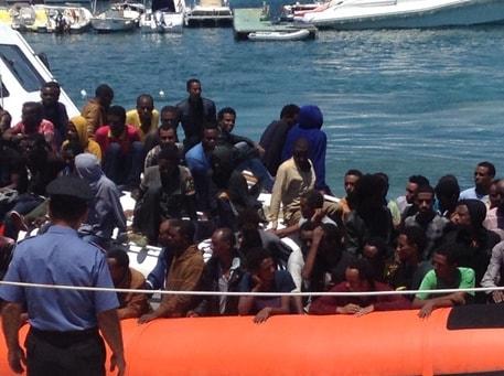 Barcone migranti Mediterraneo