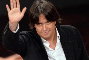 Cristiano De Andrè sospende il tour: problema alle corde vocali