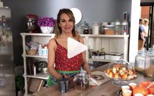 YOUTUBE Barbara D'Urso e il caffeuccio alla napoletana: la video-ricetta