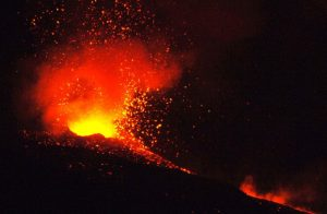 Etna, ricostruire il flusso piroclastico per ridurre rischi sul vulcano
