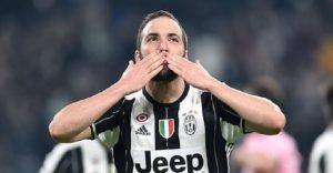 """Il calciomercato secondo Marino: """"Cristante? Con lui alla Roma, Strootman andrà via. Higuain lascia la Juve, Nainggolan…"""" (foto Ansa)"""