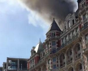 YOUTUBE Incendio al Mandarin Oriental Hyde Park Hotel di Londra