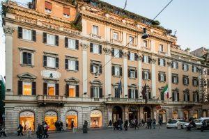 """Grand Hotel Plaza di Roma, tassa di soggiorno incassata ma non versata? Il proprietario è il """"suocero"""" di Conte"""