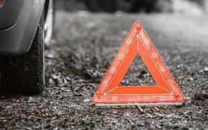 Roma, moto contro auto: motociclista muore sul colpo