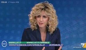 """YOUTUBE Barbara Lezzi torna sui condizionatori: """"Il Pd mi prese in giro ma avevo ragione io"""""""
