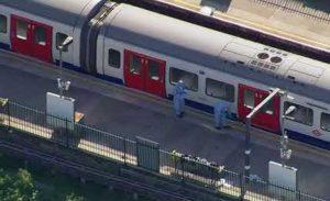 Londra, travolte e uccise dal treno 3 persone a sud della città