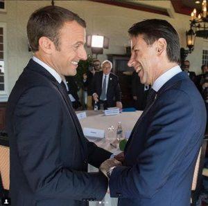 """Macron chiama nella notte Conte: telefonata """"cordiale"""", ma niente scuse"""