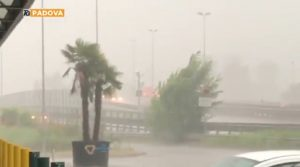 Padova, bomba d'acqua e trombe d'aria anche tra Abano e Selvazzano