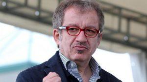 Salvini segretario e ministro dell'Interno è possibile? Maroni avverte...