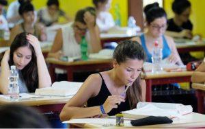 maturità, foto durante esame