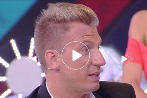 """Balalaika sospesa dopo le domande di Alberto Brandi a Maxi Lopez. """"Intervista stile D'Urso"""""""