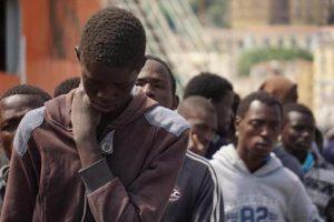 """Migranti, il piano Conte: """"Basta oneri solo per l'Italia. Hotspot in Africa"""""""