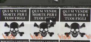 Roma, i manifesti col simbolo della morte
