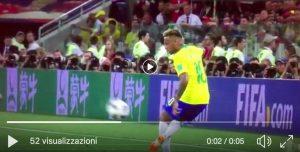 Neymar, video stop impossibile con il tacco durante Serbia-Brasile