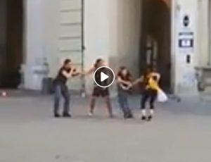 Città di Castello: algerino senza vestiti picchia poliziotti per evitare l'arresto
