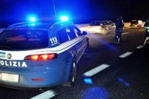 Vittoria (Ragusa), ubriaco alla guida tenta di investire un poliziotto