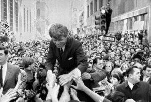 Robert Kennedy, neanche con la medicina si sarebbe potuto salvare (foto Ansa)