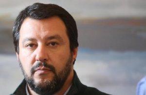 """Matteo Salvini: """"Ho chiamato Orban. Insieme cambieremo le regole dell'Ue"""" (foto Ansa)"""