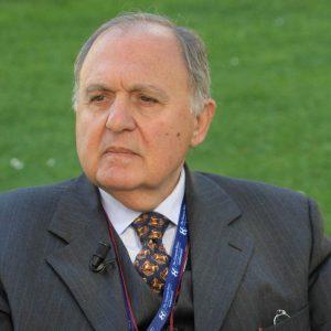Populismo al governo, Savona in castigo: ne valeva la pena?