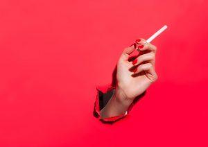 Tumori, quattro su dieci sono evitabili: stili di vita e ambiente uccidono, altro che sfortuna
