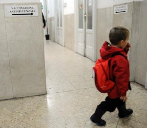 """Domodossola, """"separare i bimbi dai migranti durante i vaccini"""", chiede il sindaco alla Asl"""