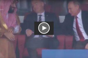 YOUTUBE Putin consola principe saudita con stretta di mano: video virale sul web per faccia di Infantino