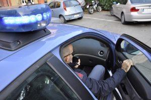 bologna suicidio polizia