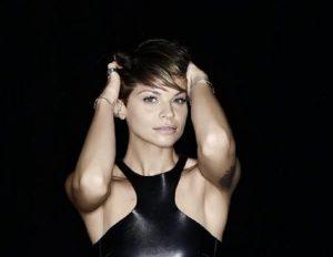 """Alessandra Amoroso smentisce il settimanale Chi: """"Nessun matrimonio in vista"""""""