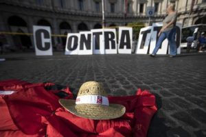 Decreto dignità. Di Maio spinge sulla riforma dei contratti a termine: 900mila rinnovi a rischio?